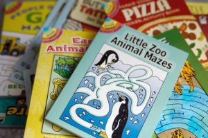 There are more than 1,100 little activity books for the whole family.